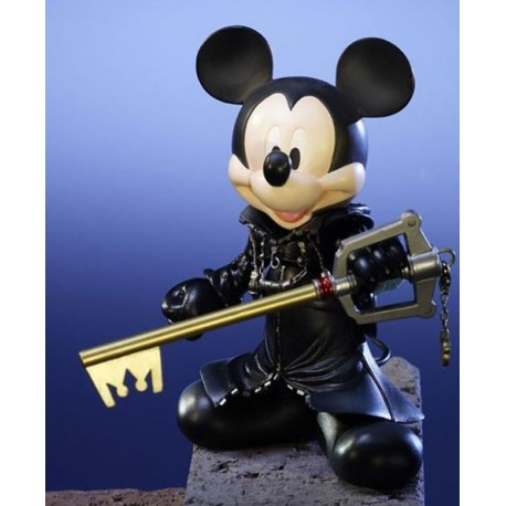 Kingdom Hearts Play Arts Figura King Mickey 18 cm